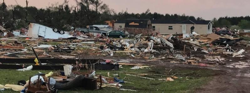 prairie-lake-estate-mobile-park-wisconsin-tornado-damage-may-16-2017-f.jpg.e34e4c696b9bdb9b8cc05d306e64b661.jpg