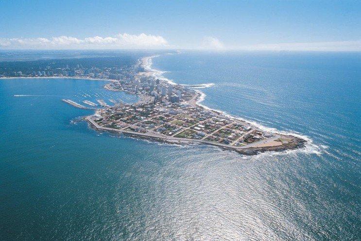 a_Punta-del-Este-desde-el-avio-a.jpg